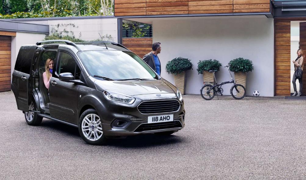 La Ford Tourneu Courier ofrece además la posibilidad de configurarse para conseguir espacio adicional.